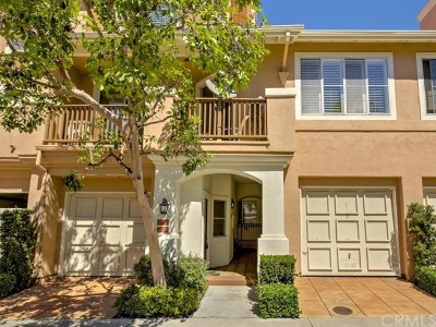 Tustin Condo/Townhouse For Sale: 2651 Dunstan Drive