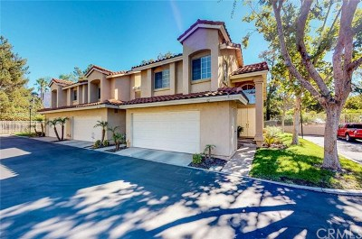 Rancho Santa Margarita Condo/Townhouse For Sale: 62 Wild Horse Loop