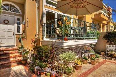 Huntington Beach Condo/Townhouse For Sale: 19646 Elmridge Lane