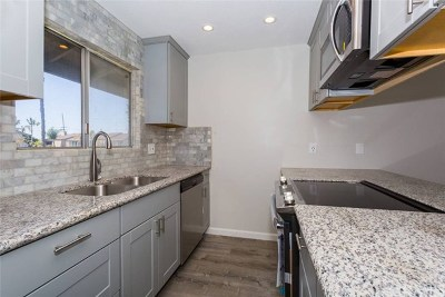 Stanton Condo/Townhouse For Sale: 7100 Cerritos Avenue #98