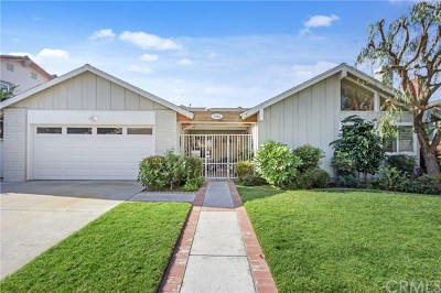 Los Alamitos Single Family Home For Sale: 3982 Myra Avenue