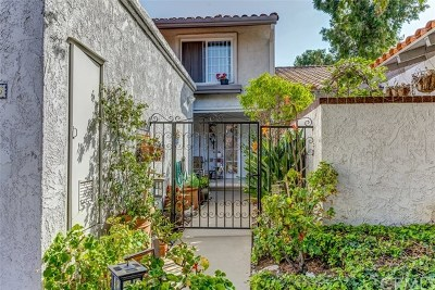 Orange County Single Family Home For Sale: 25686 Compass Way