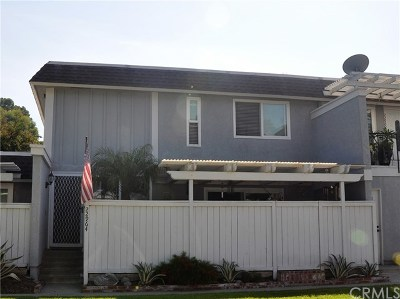 Mission Viejo Condo/Townhouse For Sale: 22964 Via Cereza #A3