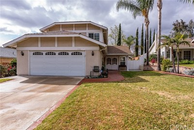 Lake Forest Single Family Home For Sale: 21561 Vintage Way