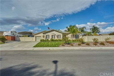 Lake Elsinore Single Family Home For Sale: 14956 Eureka Street