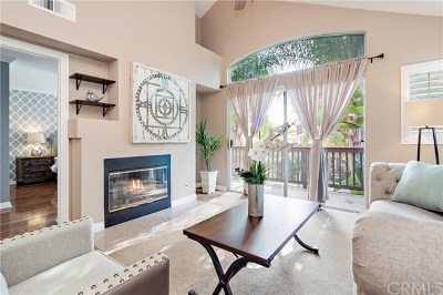 Rancho Santa Margarita Condo/Townhouse For Sale: 64 Lobelia