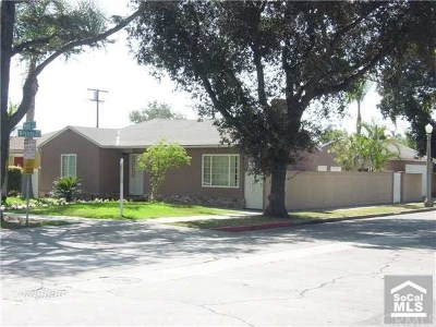 Santa Ana Single Family Home For Sale: 1302 S Ross Street