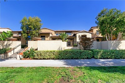 Irvine Condo/Townhouse For Sale: 129 Regal