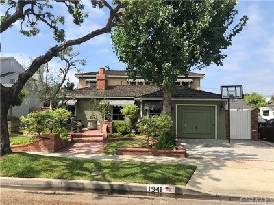 Long Beach Single Family Home For Sale: 1941 Stearnlee Avenue