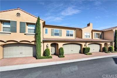 Irvine Condo/Townhouse For Sale: 183 Overbrook