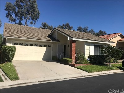 Mission Viejo CA Single Family Home For Sale: $569,900