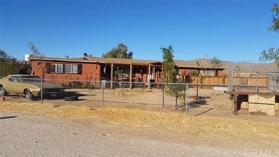 Lucerne Valley Single Family Home For Sale: 30535 Cove Road