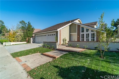 Laguna Hills Single Family Home For Sale: 24942 Tocaloma Court