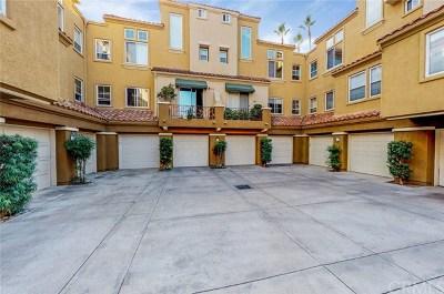 Rancho Santa Margarita Condo/Townhouse For Sale: 59 Via Cordoba