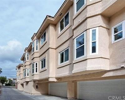 Costa Mesa Multi Family Home For Sale: 377 Avocado Street