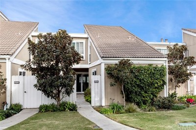 Huntington Beach Condo/Townhouse For Sale: 16122 Tortola Circle
