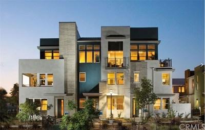 Chula Vista Condo/Townhouse For Sale: 2058 Quartet Loop #3