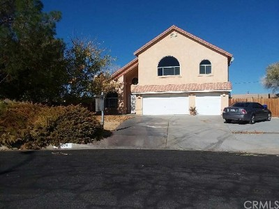 Helendale Single Family Home For Sale: 28070 Coolglen Drive