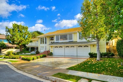 Irvine Single Family Home For Sale: 18672 Via Palatino