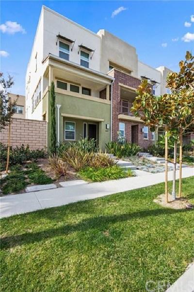Buena Park Condo/Townhouse For Sale: 5885 Rostrata Avenue