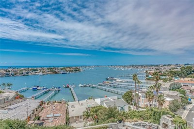 Corona Del Mar Condo/Townhouse For Sale: 309 Carnation Avenue #4