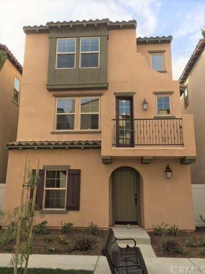Santa Ana Single Family Home For Sale: 568 S Harbor Blvd.