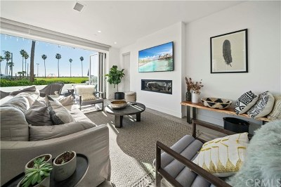 Newport Beach Single Family Home For Sale: 924 E Oceanfront