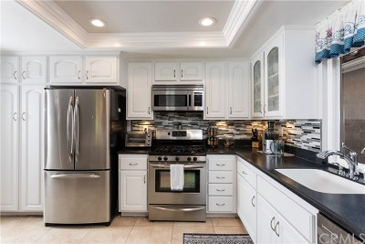 Mission Viejo Single Family Home For Sale: 27673 Via Granados