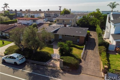 Newport Beach Single Family Home For Sale: 1511 Cliff Drive