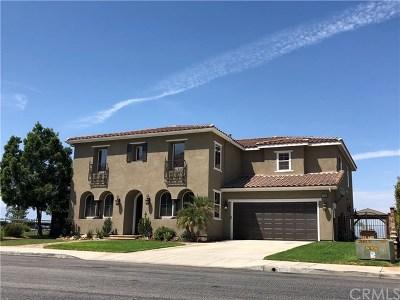 Riverside Single Family Home For Sale: 17036 Crestpeak Court