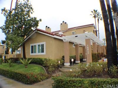 Huntington Beach Condo/Townhouse For Sale: 16912 Sims Lane #110