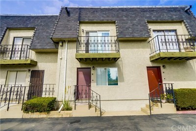 Orange County Condo/Townhouse For Sale: 2223 N Broadway #M
