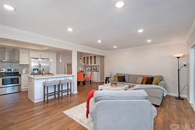 Orange County Condo/Townhouse For Sale: 2244 Via Puerta #C