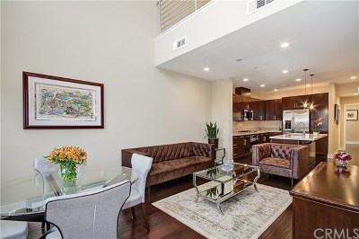 Irvine Condo/Townhouse For Sale: 30 Soho