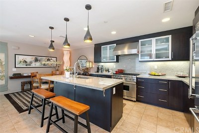 Irvine Condo/Townhouse For Sale: 85 Lennox