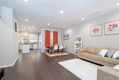 Irvine Condo/Townhouse For Sale: 70 Bronze Leaf