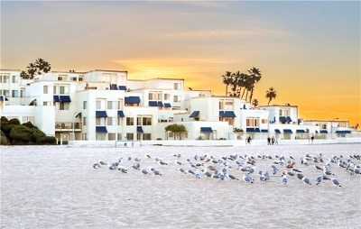Huntington Beach Condo/Townhouse For Sale: 711 Pacific Coast #315