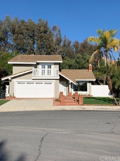 Rancho Santa Margarita Single Family Home For Sale: 32 Calle Ranchera