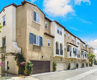 Covina Condo/Townhouse For Sale: 1028 Chandler Drive