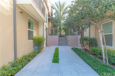 Irvine Condo/Townhouse For Sale: 37 Waldorf