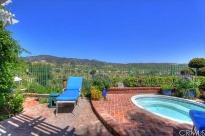 Rancho Santa Margarita Single Family Home For Sale: 2 Springside