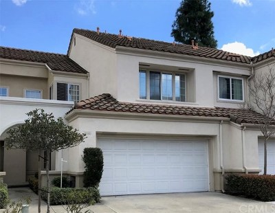 Mission Viejo Condo/Townhouse For Sale: 26168 Palomares