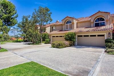 Irvine Condo/Townhouse For Sale: 3 La Quinta #2