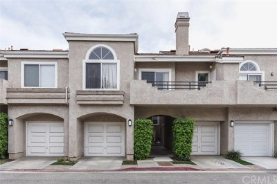 Laguna Niguel Condo/Townhouse For Sale: 25102 Calle Playa #D
