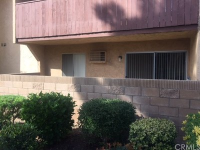 Santa Ana Condo/Townhouse For Sale: 801 S Lyon Street #A112
