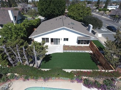 Tustin Single Family Home For Sale: 14621 Yorba Street
