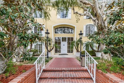 Newport Beach Condo/Townhouse For Sale: 500 Cagney #112