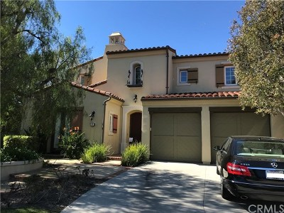 Orange County Single Family Home For Sale: 37 Hedgerow