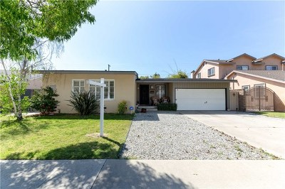Long Beach Single Family Home For Sale: 5606 E Conant Street