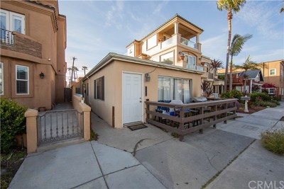 Huntington Beach Multi Family Home For Sale: 115 6th Street